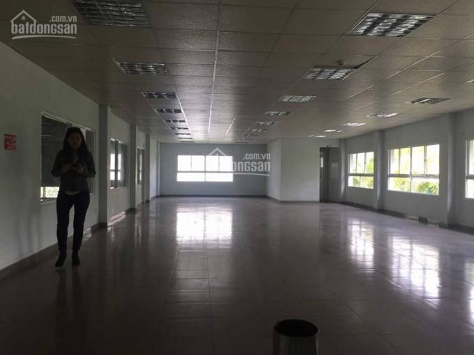 Cho thuê xưởng trong KCN Long Hậu, diện tích 1.212m2, giá 118.04 nghìn/m2. LH 0916 30 2979