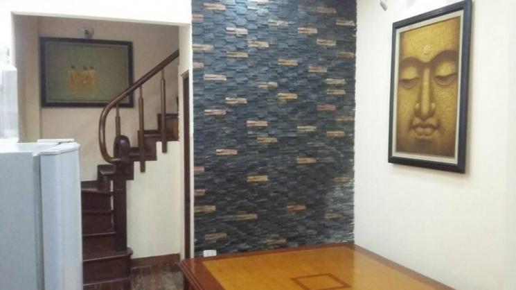 Chính chủ cho thuê/bán nhà tại phố Quán Thánh, quận Ba Đình,giá 12 triệu/tháng, LHCC 0936017788