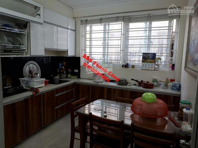 Cho thuê nhà riêng 45m2 xây 5 tầng, đầy đủ tiện nghi, phố Hoa Lư giá 15 triệu/tháng