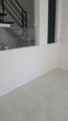 Chính chủ cho thuê nhà nguyên căn mới xây, 1 trệt 1 lầu, 2 phòng ngủ toilet riêng ngay trung tâm q1