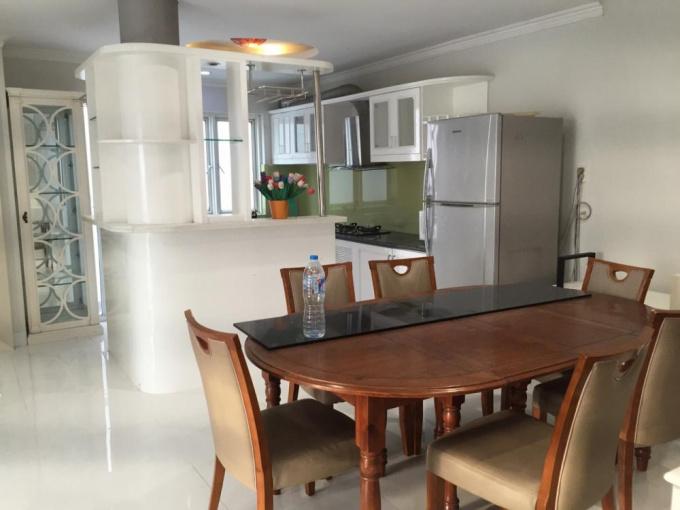 Cho thuê và bán ch penthouse hoàng anh gia lai 3 dt 300m2 giá 22tr/tháng nội thất cao cấp 094966115
