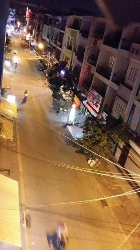 Cho thuê nhà nguyên căn MT đường số 9 Phạm Hùng, kế Tạ Quang Bửu P4, Q8, DT 5x16m 3 lầu giá 16tr/th