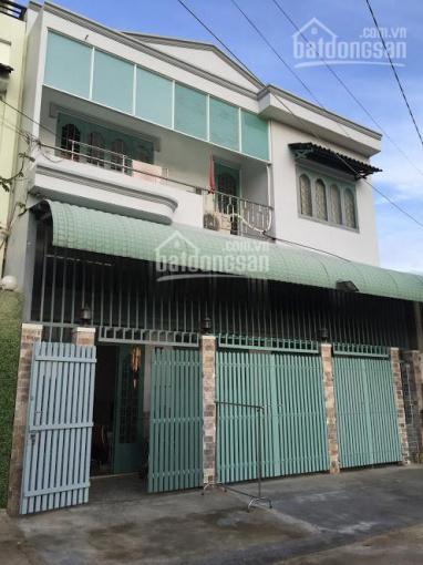 Nhà cho thuê gần chợ Phước Long, gần sông thoáng mát, đường 12m