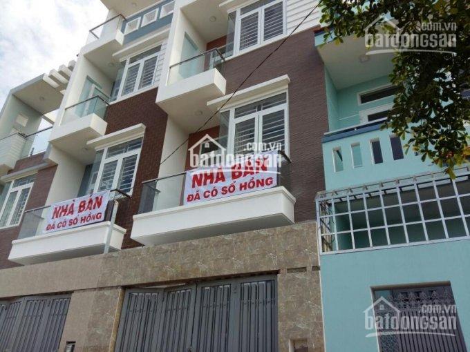 Nhà 5.2 tỷ, 4x17m = 68m2, trệt + 3 lầu, đường 5m, ngay chợ Hiệp Bình, cách Phạm Văn Đồng 200m