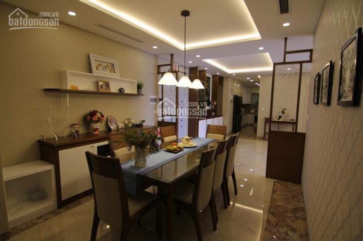Bán căn 118m2, 3 PN, full nội thất tại CC Golden Palace Mễ Trì, giá 31tr/m2 sổ đỏ chính chủ