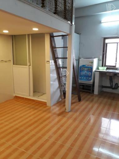 Cho thuê căn hộ chung cư 301 Bis, đường Trần Hưng Đạo, Phường Cô Giang, Quận 1, Hồ Chí Minh