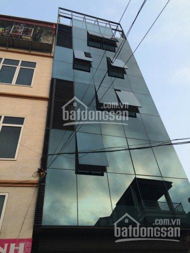 Cho thuê nhà sát mặt đường Trần Duy Hưng 45m2 * 5 tầng, 1 hầm, MT 3.6m có thang máy, giá 35tr/th