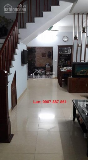 Bán nhà Văn Phú, Hà Đông. DT 75m2, MT 5m, đường 13m, giá chỉ 5.5 tỷ, để lại nội thất xịn