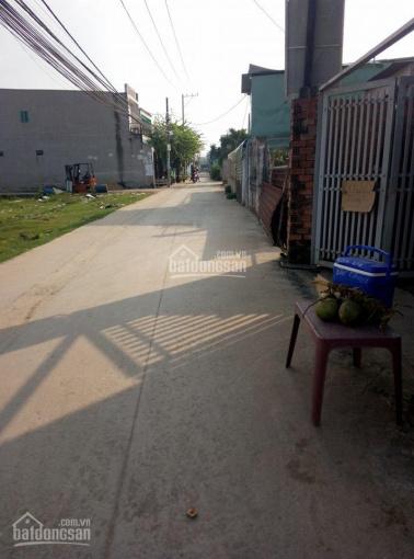 Cần thanh lý  2 lô đất xd ngay, mặt tiền 6m,ngay cổng ubnd vĩnh lộc a , dt 4x16m. ( giá 400tr )
