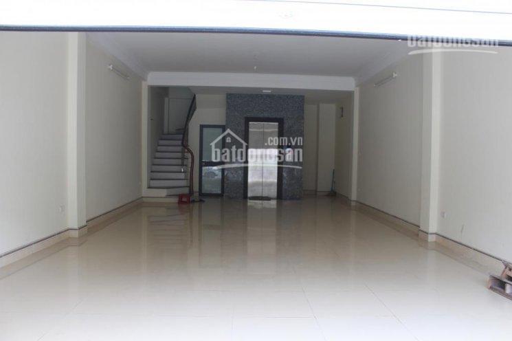 Cho thuê nhà mặt phố Trung Hòa, 82,5m2, mặt tiền 5,2m, 5 tầng có thang máy, giá 52tr/th