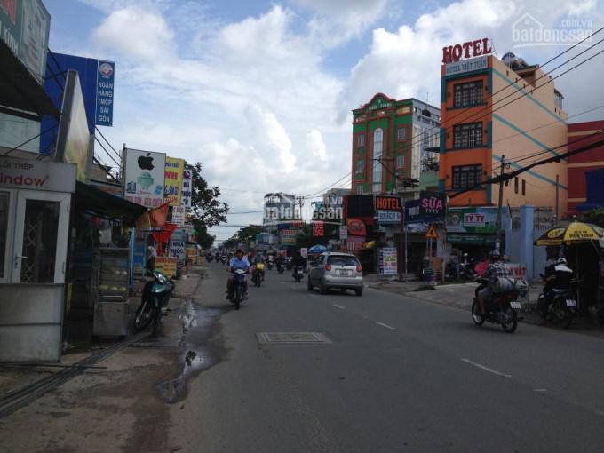 Bán nhà vị trí đẹp mặt tiền Phan Văn Hớn, giá 23 tỷ, TL