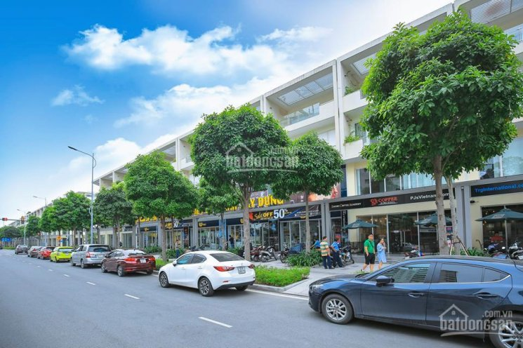 Cho thuê nhiều shophouse Sala Đại Quang Minh Quận 2. Diện tích: 7x24m, 1 hầm, 4 lầu, LH 0902183968