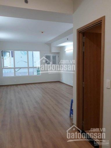 Tôi có 2 căn Charmington, tầng 5 căn góc 10tr/tháng, và căn 1PN, 13tr/tháng. LH 0932145693