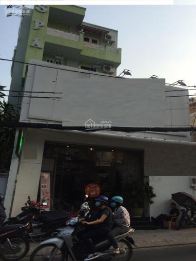 Gia đình chuẩn bị định cư nước ngoài cần cho thuê gấp nhà MT nguyên căn đường Phạm Văn Chiêu, P. 9