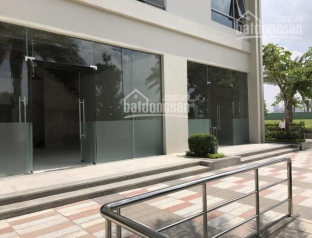 Bán shop tầng 1 Sky Garden 3, DT: 200m2, giá: 9 tỷ. Đang cho thuê 38.65 tr/th, LH: 0915679129