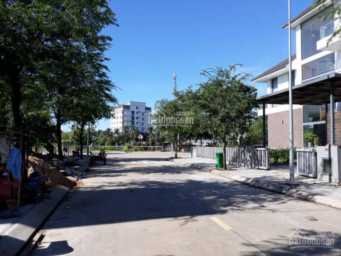 Đất biệt thự Jamona Home Resort 250m2 - 33tr/m2 - nhà thô - 212.5m2 - 9,5 tỷ bao GPXD, ở ngay, SĐR