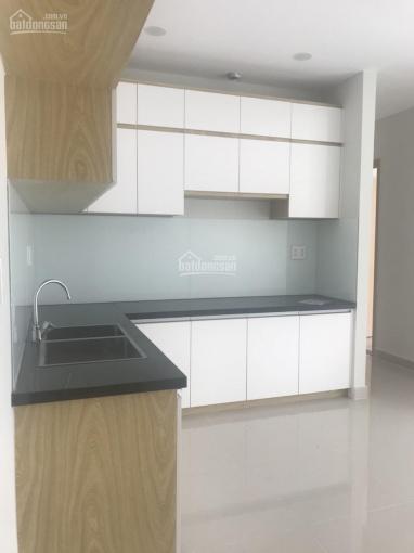 Cho thuê căn hộ văn phòng Q. 10, mặt tiền Cao Thắng, 10 - 13tr/tháng, 0938 285 287