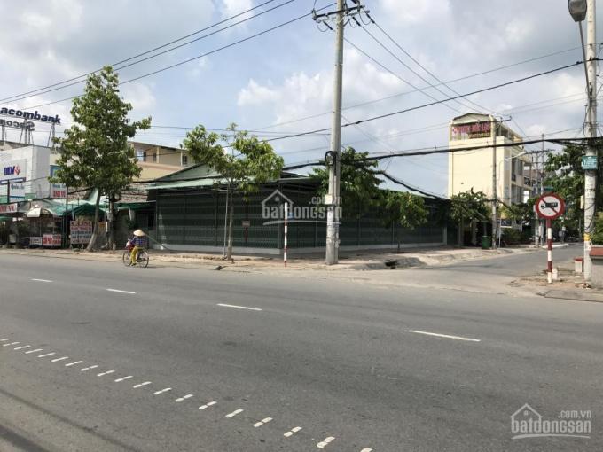 Nhà góc 2 hai mặt tiền rất đẹp đường Trần Hưng Đạo, ngay trung tâm Long Xuyên
