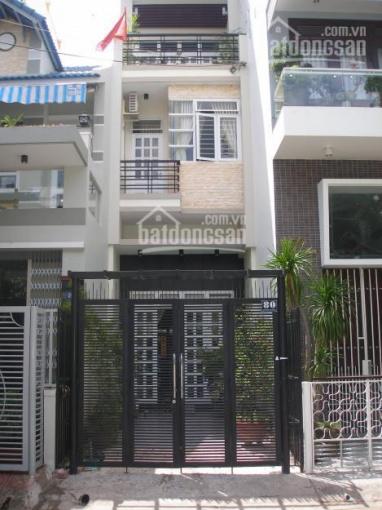 Chính chủ bán nhà mặt tiền đường Hoa Cau, p7, quân Phú Nhuận, DT 12x20m, giá 22tỷ