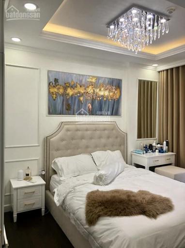 Cho thuê căn hộ River Gate, quận 4, giá tốt thị trường, LH: 0979669663