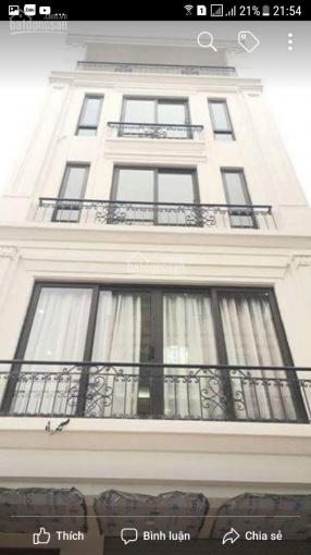 Bán gấp nhà sát khu biệt thự Văn Phú - Đối diện chợ, đường 18m, kinh doanh tốt - Có thương lượng