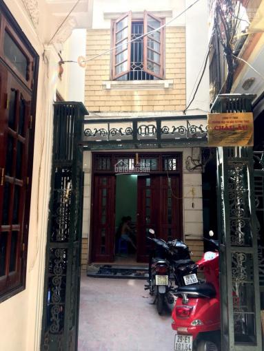Chính chủ cần bán nhà mặt ngõ phố Khâm Thiên, 72.5m2x3T,sổ đỏ,vị trí đẹp.LH: 0903296379