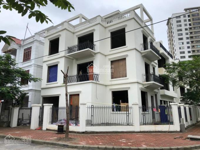 Bán biệt thự Phùng Khoang, suất ngoại giao, diện tích 145m2 - 190m2 - 250m2. Hotline 0972.69.3579