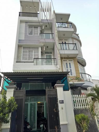Cho thuê nhà giá 16tr/tháng hẻm lớn thuộc Pham Văn Chiêu, P. 14, quận Gò Vấp