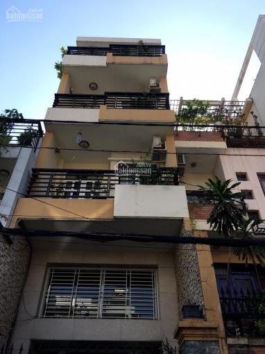 Cho thuê nhà MT Calmette, DT 4,5m x 20m, trệt- 3 lầu-ST, 5 phòng, cầu tháng cuối nhà, giá 55tr/th