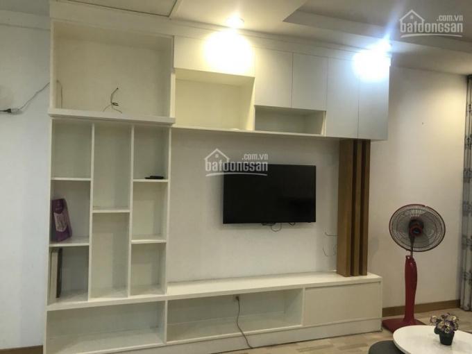 Cần cho thuê căn hộ chung cư  Penthouses Tôn Thất Thuyết, Phường 1, Quận 4. Diện tích: 65m2