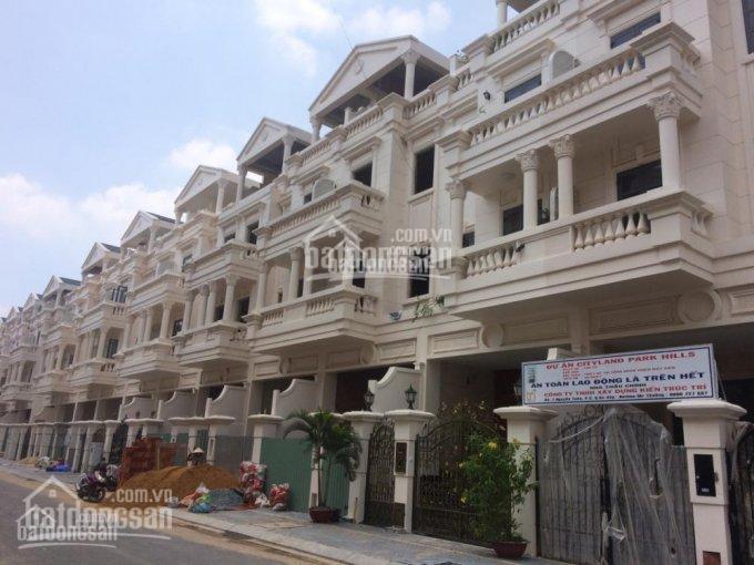 Cho thuê nhà nguyên căn nhà phố mặt tiền Phan Văn Trị, xây mới, giá tốt - LH: 0982395204