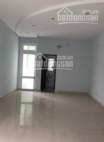 Bán nhà ngay đại học Nông Lâm đường 17, Linh Trung, Thủ Đức, SHR, DT 62m2, giá cả còn TL
