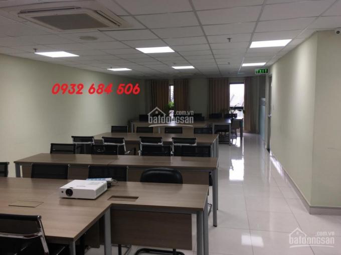 Văn phòng cho thuê tại Saigon Pearl Nguyễn Hữu Cảnh, DT: 135m2, LH: 0932 125 607 full nội thất