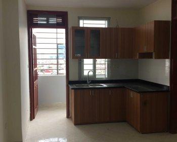 Chính chủ bán chung cư phố Tây Sơn - Thái Hà, giá 900tr/2PN - 55m2, đủ đồ, tách sổ