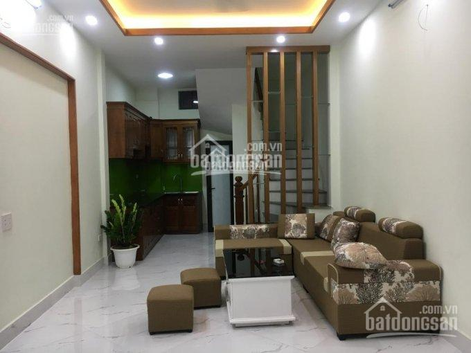 Chính chủ bán nhà 35m2 * 5T xây mới tại phố Đông Thiên, Vĩnh Hưng, giá 1,89 tỷ, LH 0908926882