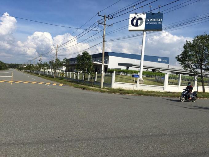 Cần bán gấp 300m2 đất ngay chợ, trường học, sát KCN. LH 0908.151.462 (Hoàng)