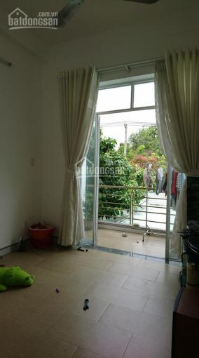 Bán nhà 1 trệt 1 lầu mặt tiền đường Linh Trung, 7x18m