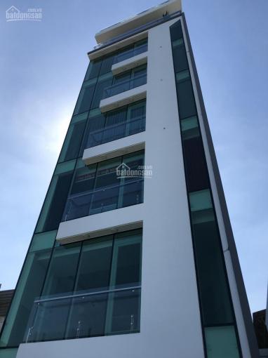 Cho thuê căn hộ dịch vụ thời công nghệ 4.0 có ban công view đẹp