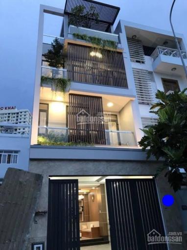 Bán căn nhà mặt tiền đường 79, P Tân Quy, Quận 7, DT: 4 x19 m. Giá 11.5 tỷ, tiện KD buôn bán