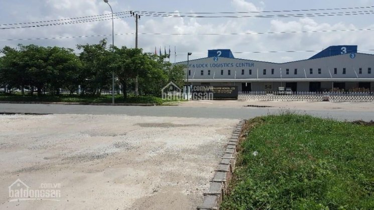 0916302979 Phúc cần bán gấp nhà xưởng 15.000m2. DTXD 10.000m2 tại KCN Hiệp Phước, Nhà Bè