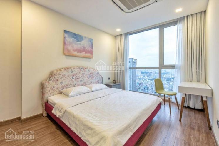 Cần tiền gấp bán căn hộ Sunrise City South Quận 7, 2 phòng ngủ, diện tích 69m2, giá 2.5 tỷ