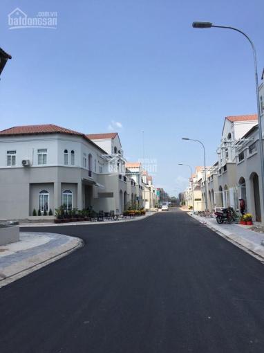 Nhà 2 mặt tiền kinh doanh khu đô thị Tây Sông Hậu