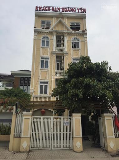 Khách sạn 1 trệt, 3 lầu, 25 phòng đường 147 Phước Long B, Q9 - 17 tỷ, DT: 7.8 x 25.7m = 201m2