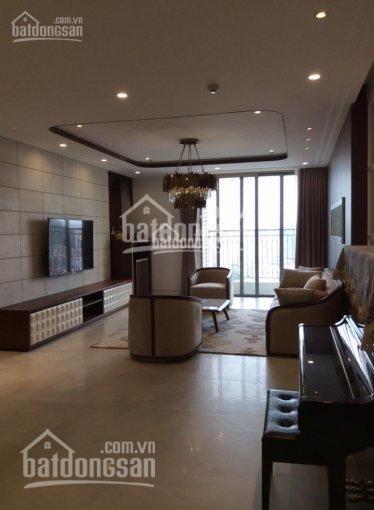 Cho thuê căn hộ chung cư Vinhomes Nguyễn Chí Thanh, đủ nội thất, LH: 0979.460.088