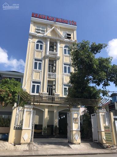 Bán khách sạn mặt tiền đường 147, Phước Long B, quận 9, 17 tỷ / 200.46m2