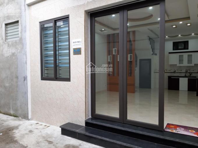 Bán nhà 3 tầng DT 43.3m2, nhà đẹp xây dựng hiện đại, giá 1 tỷ 380, LH: 0902 451 192
