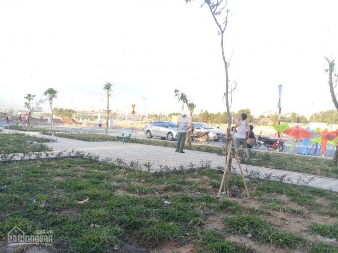 Bán đất mặt tiền ĐT734, CĐT Phú Hồng Thịnh, đã có sổ riêng từng nền. LH 0898 782 668