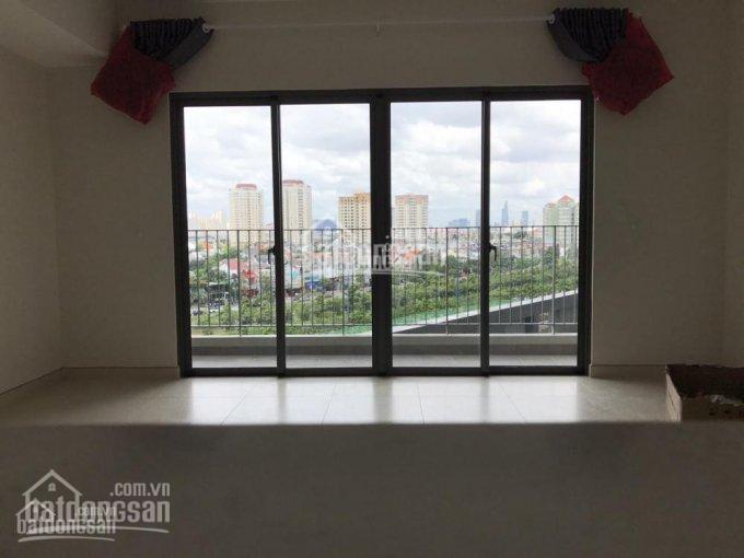 Chính chủ cho thuê căn hộ Vinhomes Central 116m2 có 3 phòng nhà trống, giá 25 triệu/th. 0977771919