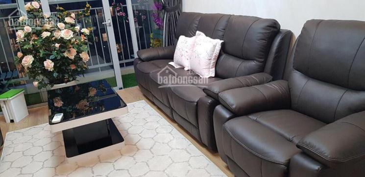 Cho thuê căn hộ chung cư 17T1 Trung Hòa Nhân Chính 2PN, full, 12 triệu/tháng. LH 0914.333.842