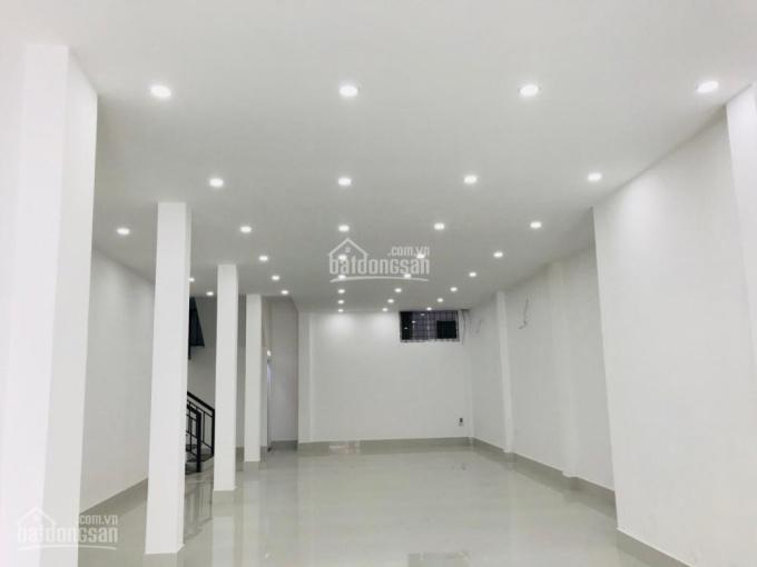 Bán nhà 3 tầng MT 176 Điện Biên Phủ, DT: 125m2 có thu nhập 38 tr/tháng, giá 21.5 tỷ